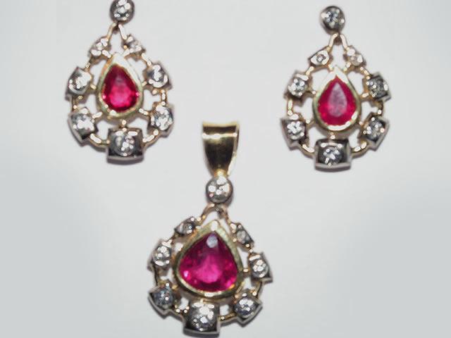 Renaissance jewels